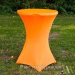 Statafel met rok oranje huren-Partytentverhuur Gorinchem